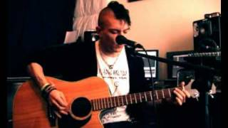 Beatboxer THePETEBOX beatbox and guitar cover of Nirvana - Lithium by Petebox
