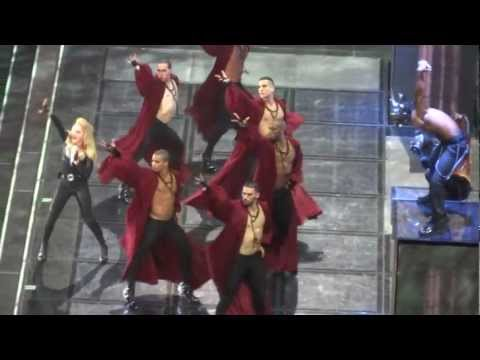 Madonna Opening the Madison Square Garden 11/12/2012 Monday Show -