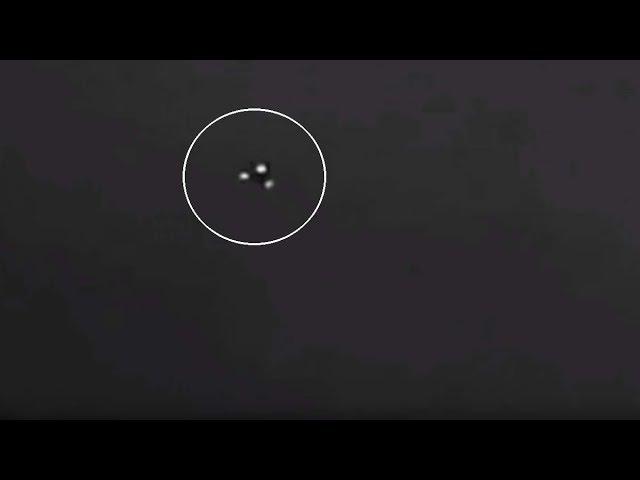 Graban un impresionante OVNI triangular sobre una carretera de Estados Unidos