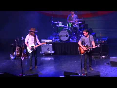 Stay A Little Longer - Brothers Osborne - House of Blues Boston 8/7/2015