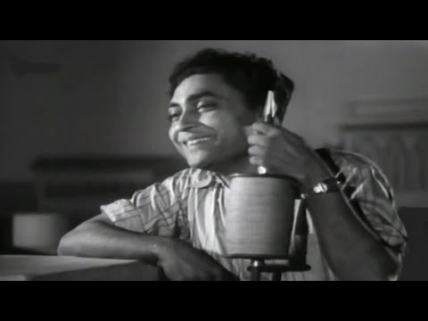 Tarsi Hui Hai Mudaatse Aakhen (Video Song) - Najma