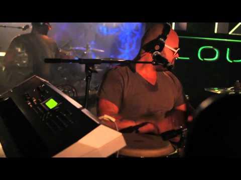 Pitbull - Bon Bon (Live At AXE Lounge) HD!!