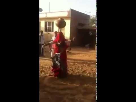 hot woman Real rajasthani dance what a balancing water pot in rajasthan