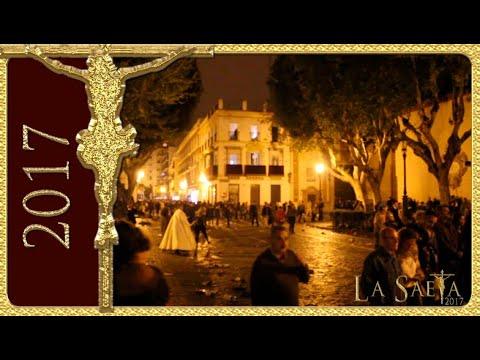 Avalanchas y carreras en la Madrugada 2017 de Sevilla, Triana por Magdalena (Semana Santa)