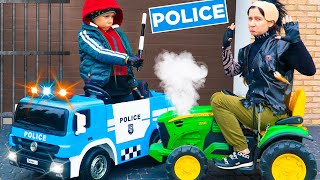Artem Pretend play Police and unboxing with the assembly of a new police car