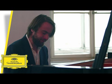 Daniil Trifonov - Bach: Partita for Violin Solo No. 3 in E Major, BWV 1006, 3. Gavotte