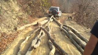 pajero 2500cc trage lemne {rozavlea]