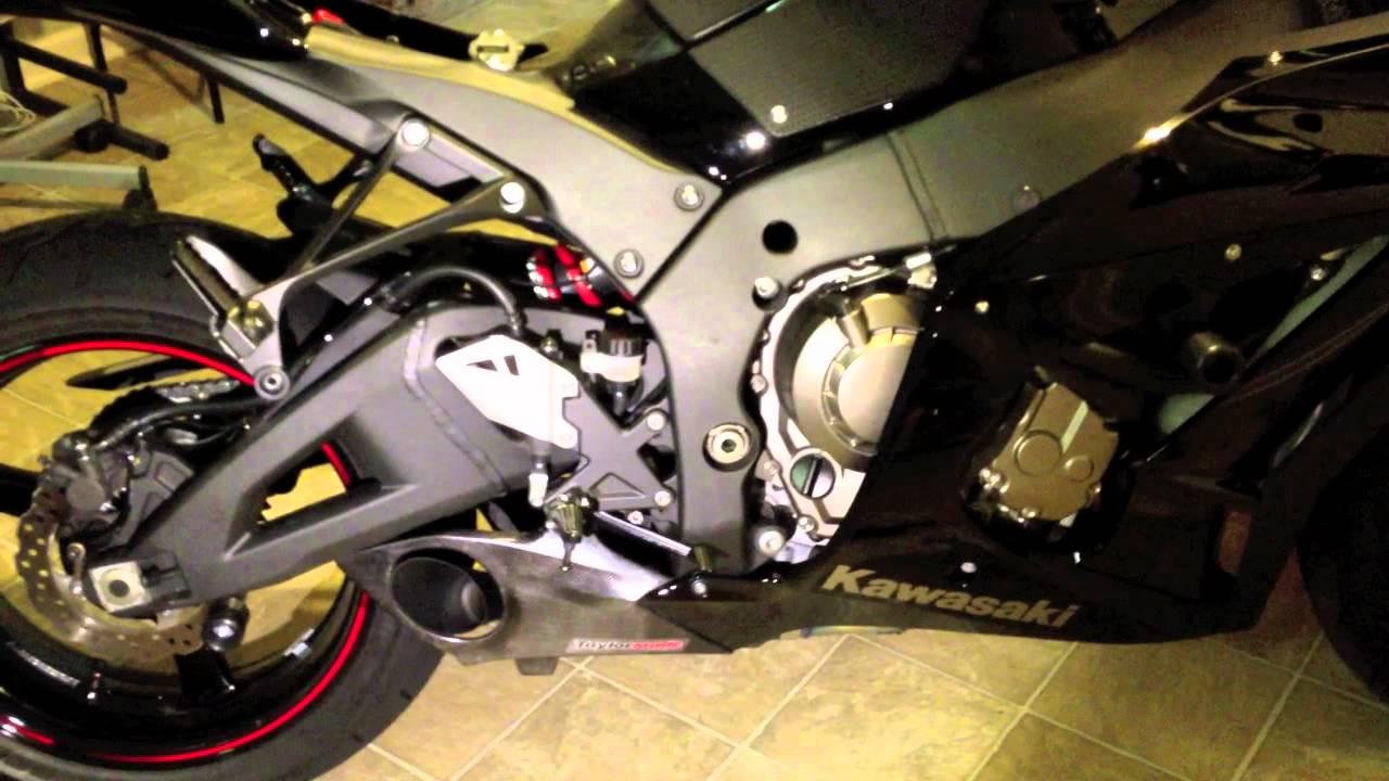 installing a taylormade exhaust on a 2011 kawasaki ninja zx10r