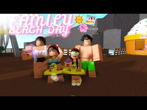 FAMILY BEACH DAY!!!!! II Roblox Bloxburg! The Cutely's