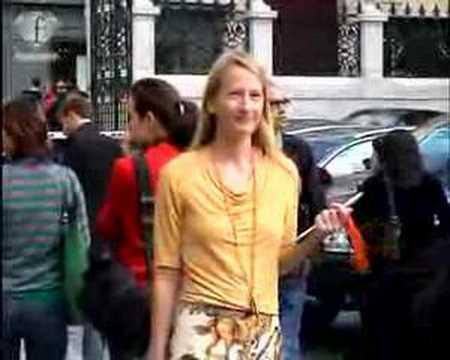 fashiontv | FTV.com – FRONT ROW HERMES – PARIS