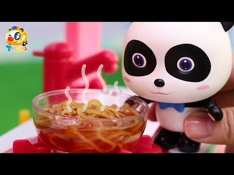 Panda Kiki and Miumiu's Noodle Cooking Competition | Play Dough for Kids | Kids Toys | ToyBus