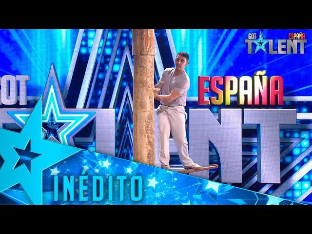 Este participante CORTA un gran TRONCO en su peculiar actuación | Inéditos | Got Talent España 2021