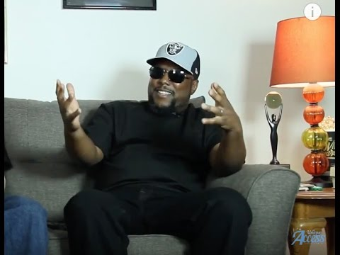 """MC Ren on Seeing Ice Cube After """"No Vaseline"""" & Why N.W.A Didn't Respond   UNIQUE ACCESS"""