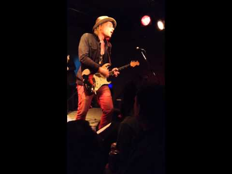 Blues ain't nothin' but a good woman on your mind - Philip Sayce, Toronto, March 18, the Rivoli