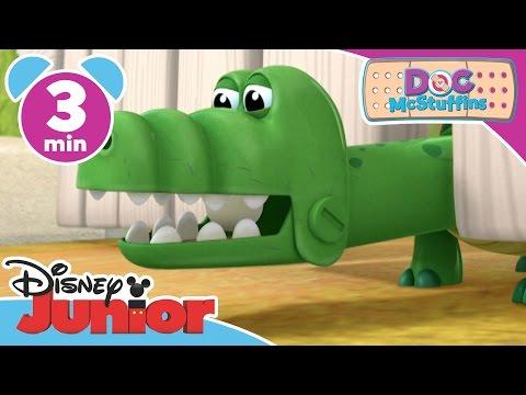 Magical Moments   Doc McStuffins: Gulpy Gustav Gator   Disney Junior UK