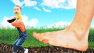 색깔 거대 발바닥 따라와요! 놀이 함께 해요 Learn Color Funny Giant Feet pretend for kids & children