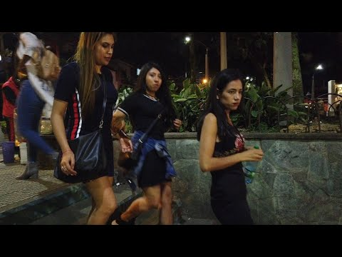 la-70-medellin-colombia-street-walk-raw-!!!-||-iam_marwa