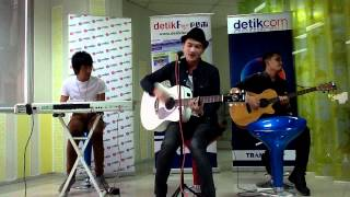 Video Ternyata Cinta - ANJI [ #LiveChatkustik @detikforum 01 ] download MP3, 3GP, MP4, WEBM, AVI, FLV Oktober 2018