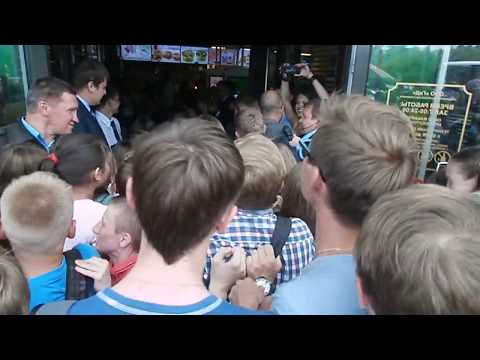 Открытие Макдоналдс в Барнауле/McDonalds opening in Barnaul