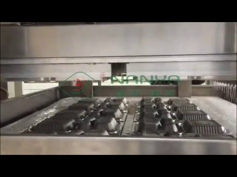 Fully Automatic Disposable Paper Plate Making Machine / Tableware Production Line