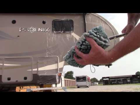 Ep2: RV Detailing & A Great Brush For Cleaning - Tips With RV Clients!