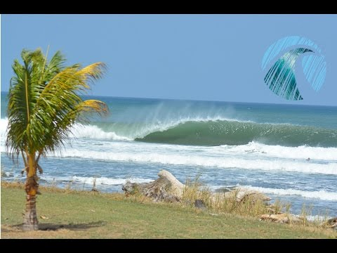 Surfing Nicaragua - Perfect waves and empty lineups - Miramar