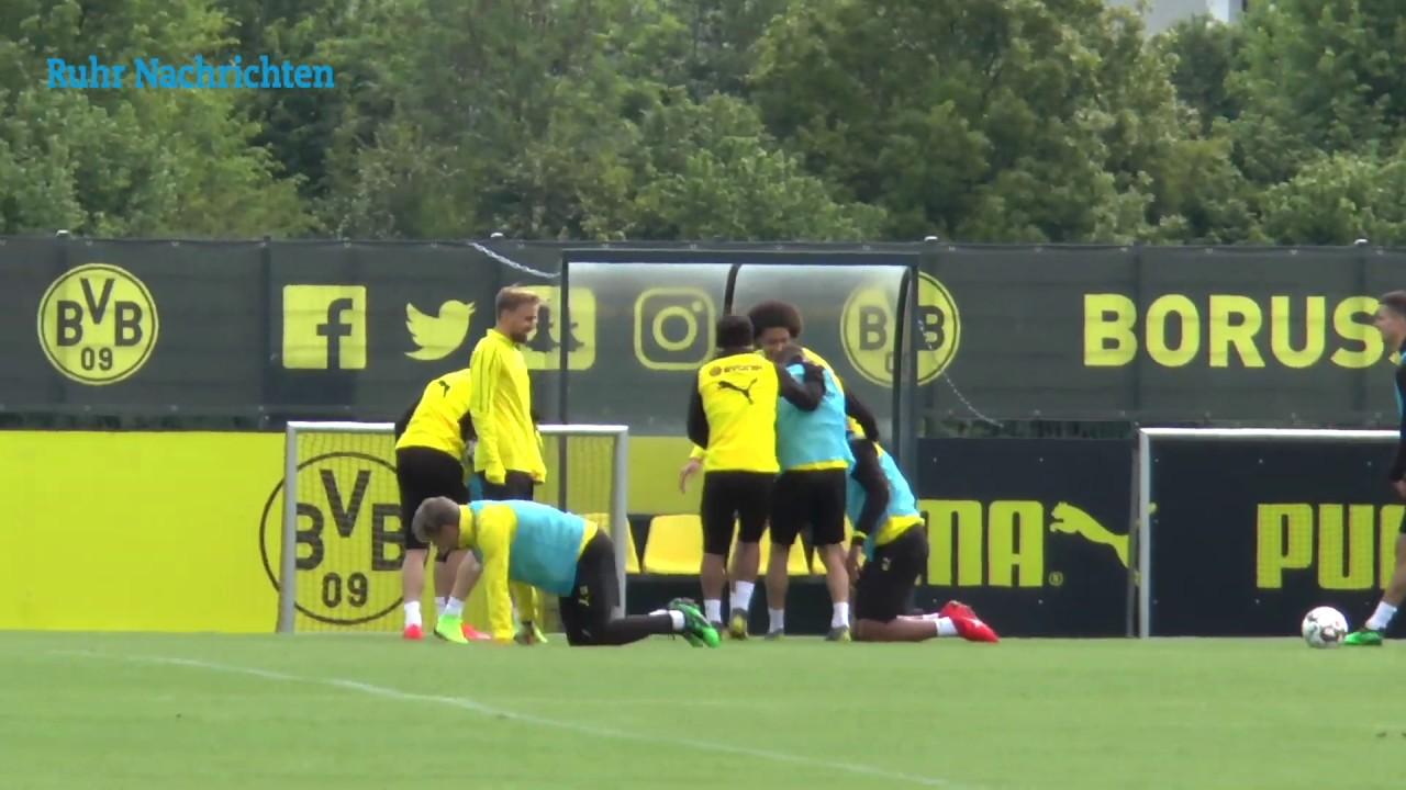 Der BVB vor dem Spiel bei Borussia M'gladbach