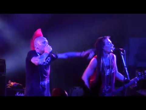 The Exploited - I Believe In Anarchy (Punk And Disorderly 2018 Berlin) [HD]
