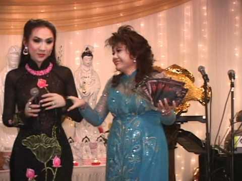 Ca si Ai Xuan Gop Tieng Hat Ung Ho Buoi Tiec Gay Quy Keo lai To Dinh Minh Dang Quang