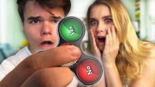 FIDGET SPINNER FUTURE TELLER! W/Boyfriend