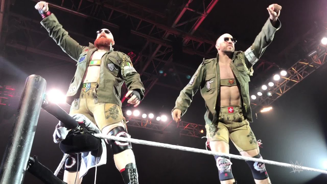 Sheamus fools Cesaro, presents him his own Lederhosen in Munich, Germany