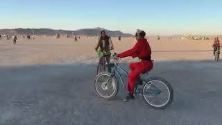 Нардеп Сергей Лещенко с женой на фестивале Burning Man | Страна.ua