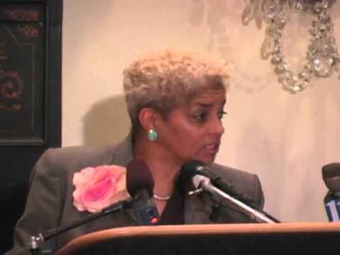 Atlanta Mayor Shirley Franklin Meets the Press - YouTube