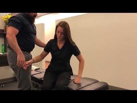 Massage therapist gets *UNBELIEVABLE* Chiropractic Adjustment