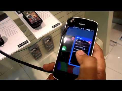 Pandang Pertama : Nokia 808 PureView