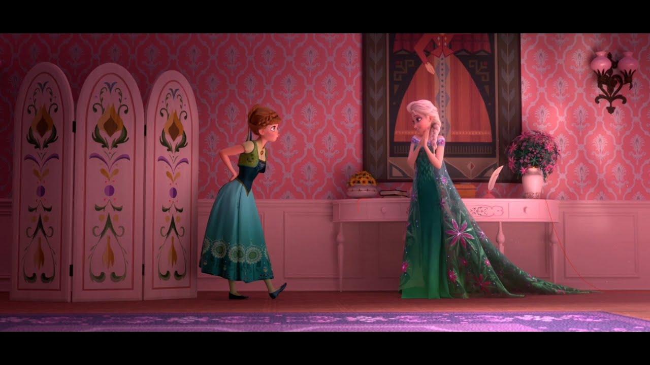 Frozen Fever | Clip dal Film | Elsa e Anna si preparano alla giornata