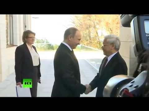 Poutine et Medvedev accueillent à Sotchi le dirigeant vietnamien Nguyên Phu Trong