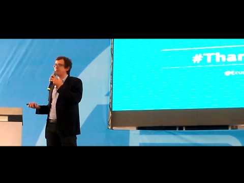 Matthew Carpenter Arevalo habando acerca del Estratedia de  marketing Digital
