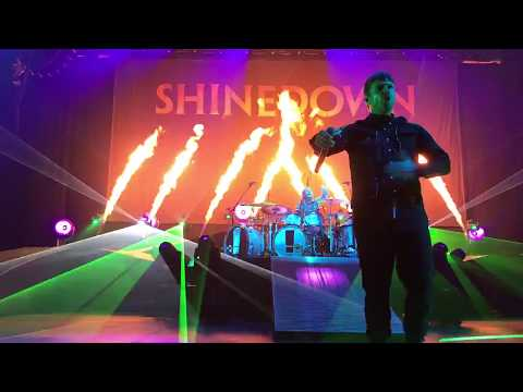 Shinedown - Cut The Cord Birmingham Alabama 05 / 16 / 2018