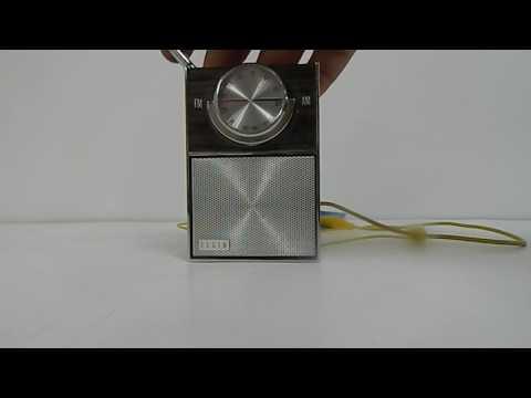 Elgin R-2400 Transistor Radio