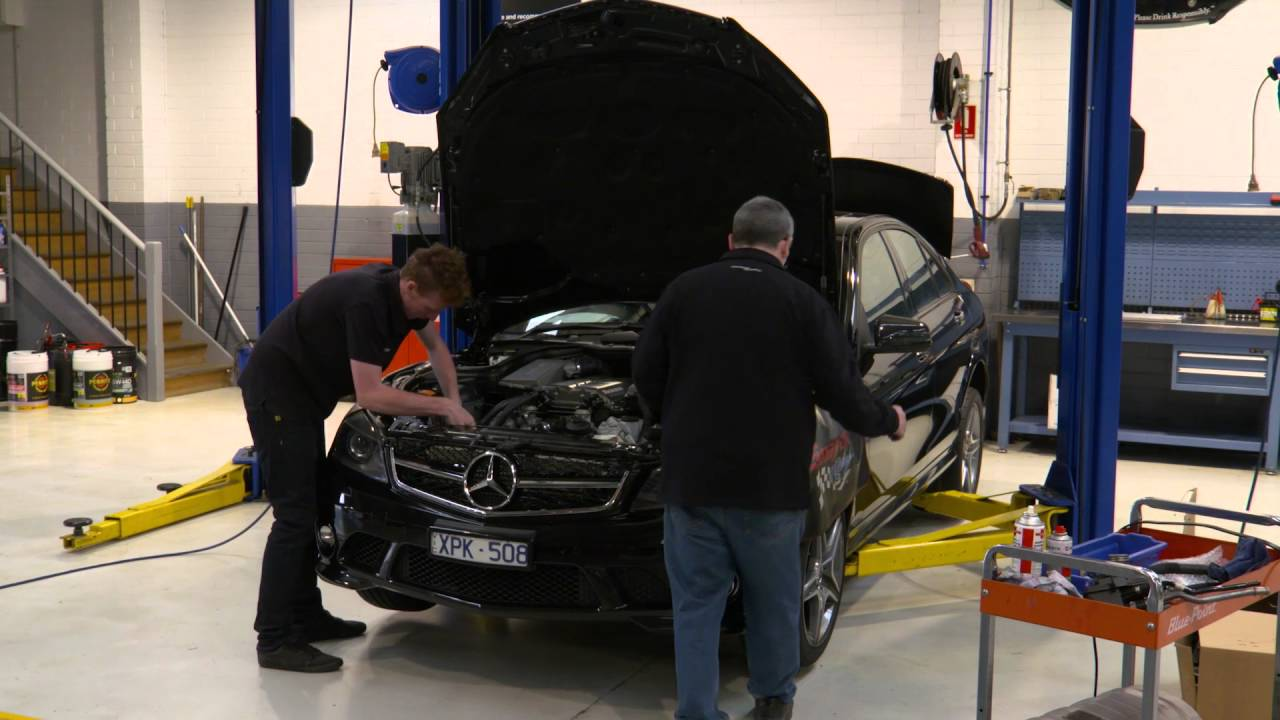 Download Magnuson Hammer AMG Supercharger Fitting Timelapse