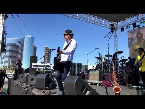 Cafe Agogo - Gregg Karukas @ 2018 San Diego Smooth Jazz Festival (Smooth Jazz Family)