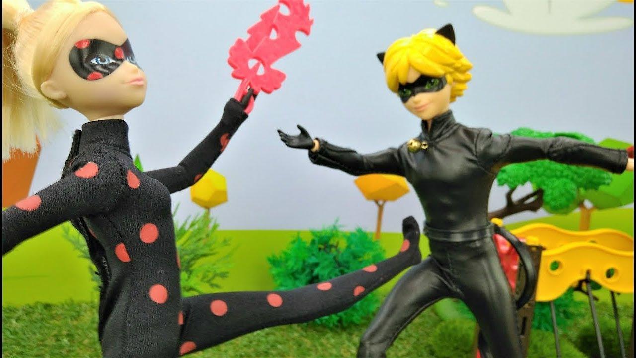 Ladybug And Cat Noir Help Barbie Dolls Youtube