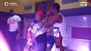 Chid Benz alivyompandisha Mama yake jukwaani Maisha Club