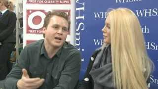 Celebrity Big Brother stars Heidi Montag and Spencer Pratt sign autographs for fans