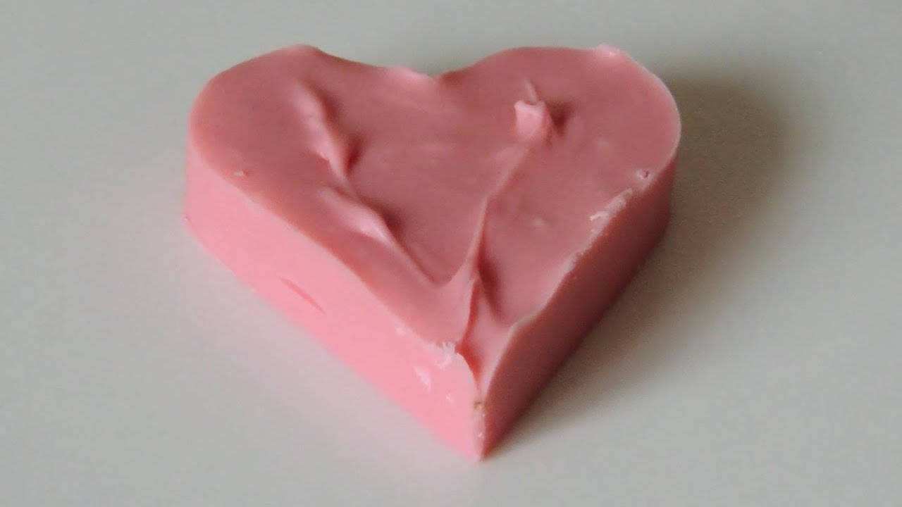 How to coloring white chocolate and mold pink hearts to ...