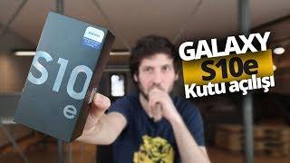 Samsung Galaxy S10e kutusundan çıkıyor!