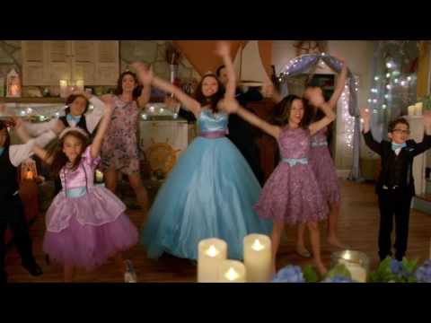 Stuck in the Middle - The Family Dance (from Stuck in the Quinceañera)