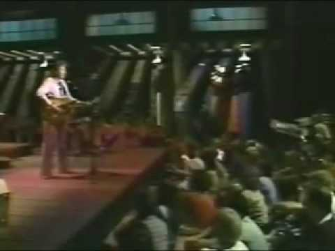 Gordon Lightfoot - The Wreck of the Edmund Fitzgerald