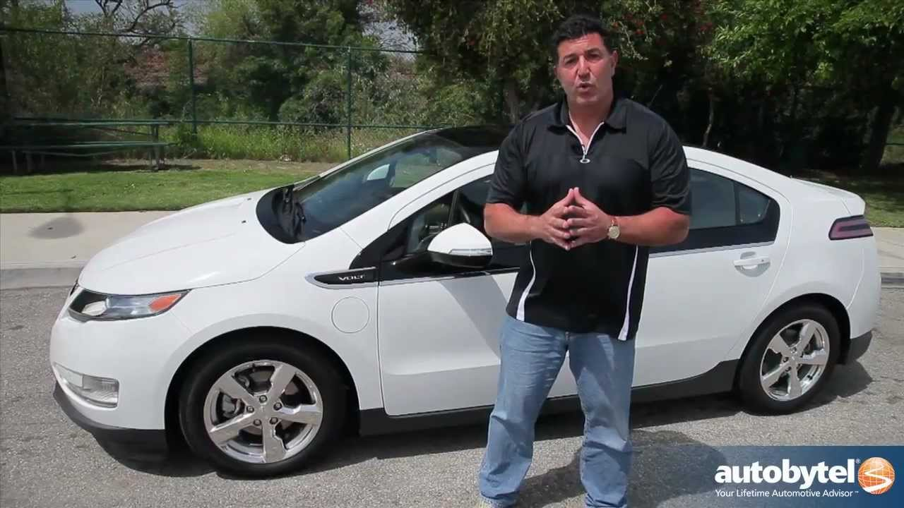 2012 Chevrolet Volt Test Drive & Plug-In Electric Hybrid Car Video ...